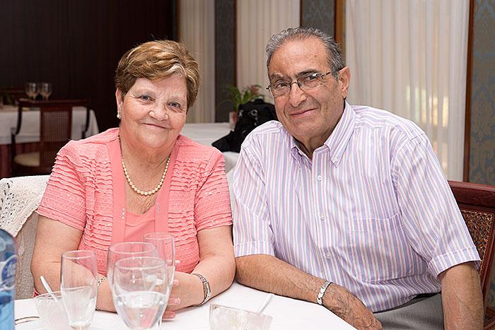 Demetrio Camín y Sra.