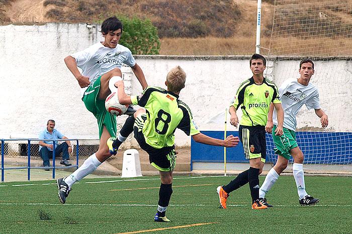 Dani Calvo en acción ante el Real Zaragoza