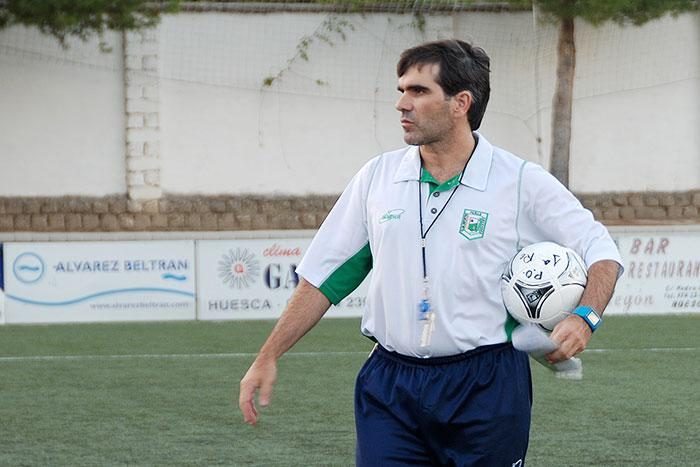 Javi López entrenador del C.D. Peñas Oscenses. Foto Luis Beired