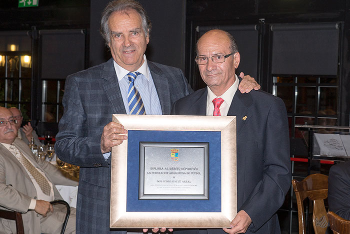 Oscar Flé Latorre,  Presidente F.A.F. y Pedro Galve